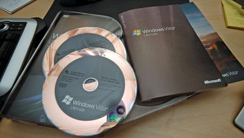 32 bit and 64 bit on seperate discs
